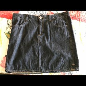 Tommy Hilfiger denim short skirt